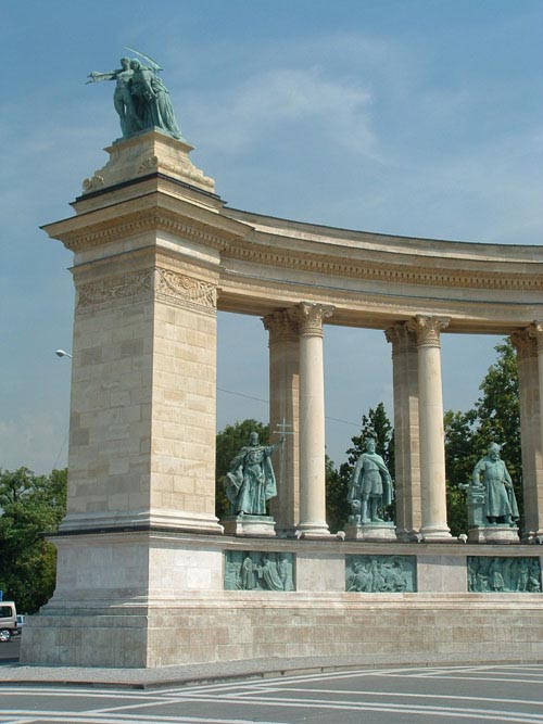 Hungary_1050
