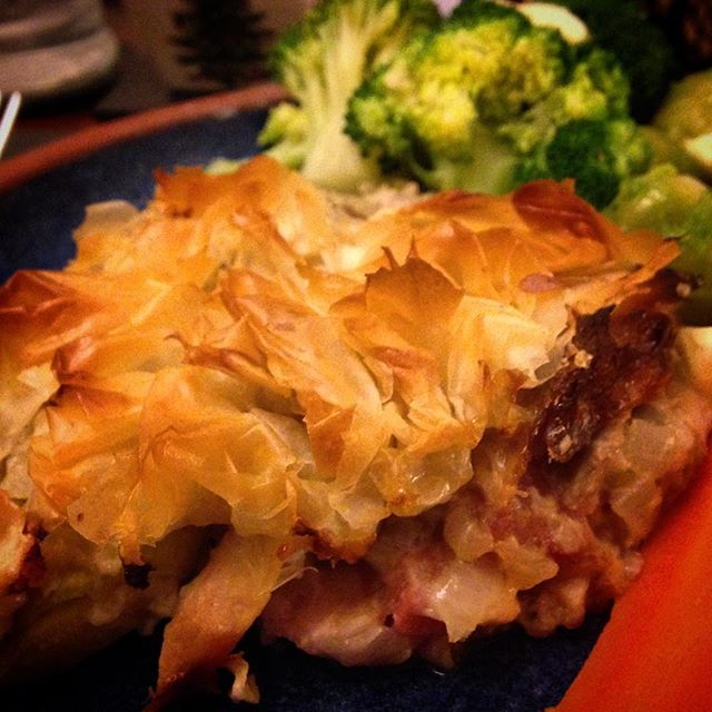 #1HappyYear Day 238: Christmas leftovers tonight in the form of turkey and ham tangle pie á la the @hairybikers #HairyDieters... #100HappyDays