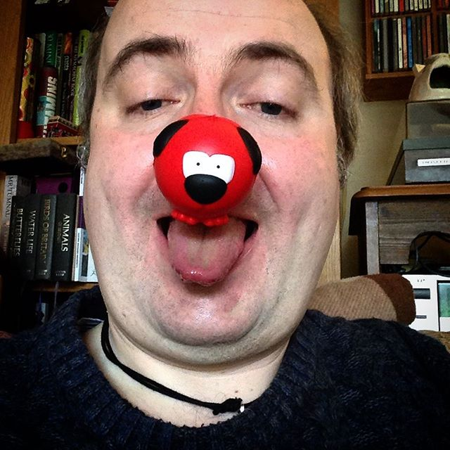 Woof! Woof! I'm barking mad for @comicrelief! #rednoseday ????