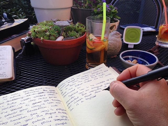 Moved on from #amreading to #amwriting as #TheNovel makes slow and stilted progress. Need to get back on the routine...