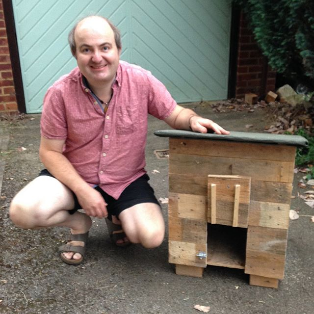 One pallet, and a bank holiday Tuesday afternoon's work later, and we have a new duck house for Douglas. No money was spent in the making of this abode… #duck????