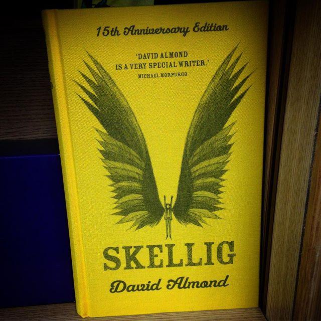 How is @davidjalmond's #Skellig 15 years old already? #books #modernclassic #DavidAlmond @colesbooksbicester