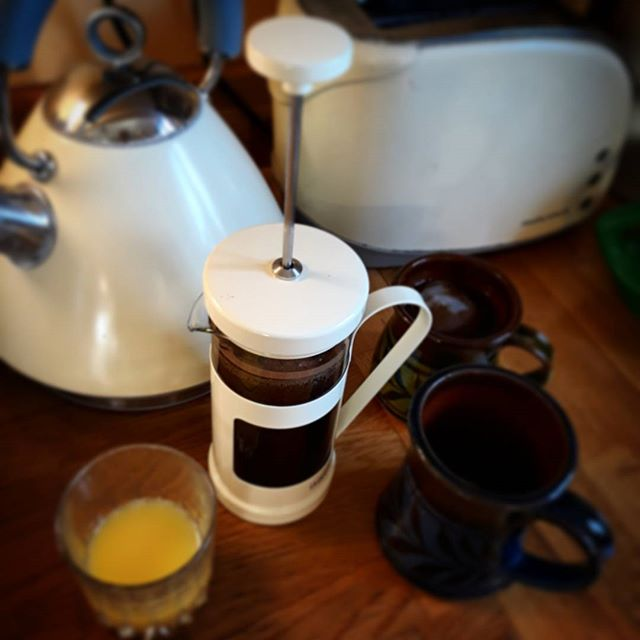 Sunday breakfast with the new cafetiere (it's just happy coincidence it matches the kettle and toaster)... #breakfast #sunday