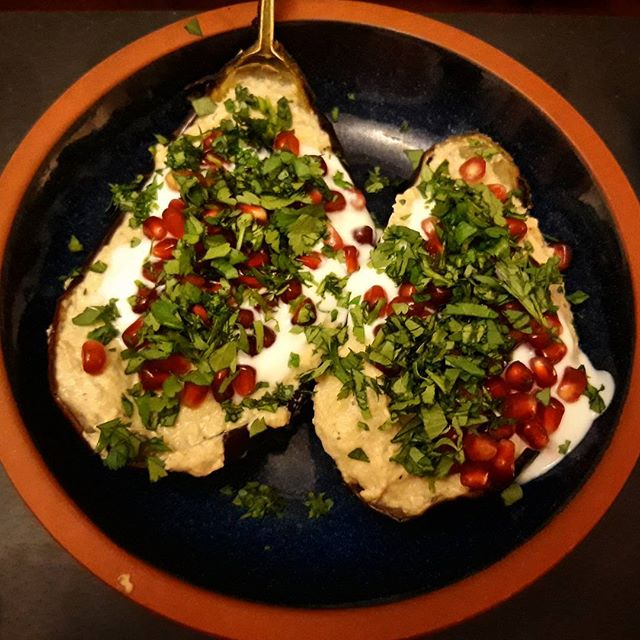 Tonight's healthy dinner, Tahini Aubergines. Thanks again, @deliciouslyella! . #recipes #aubergine #eatinghealthy