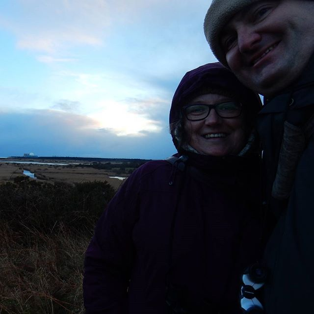 Starling watchers' #selfie: waiting for the murmuration