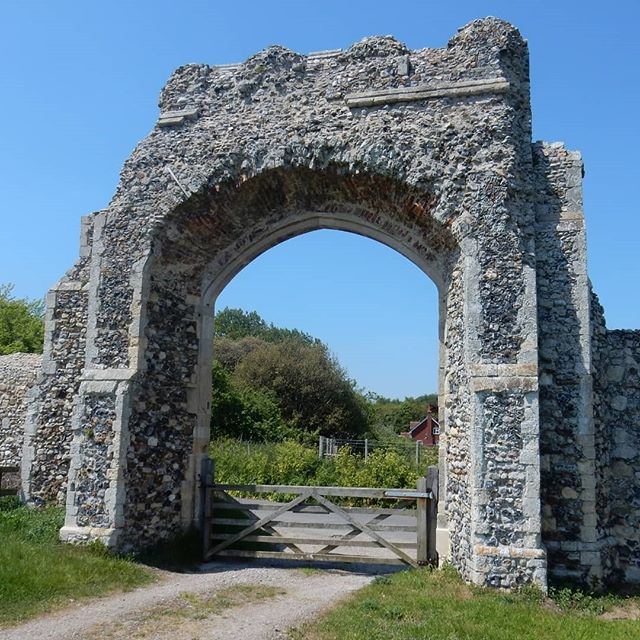 The last remains of a once great town, and some random Norman… . #GreyfriarsAbbey #Dunwich #Suffolk
