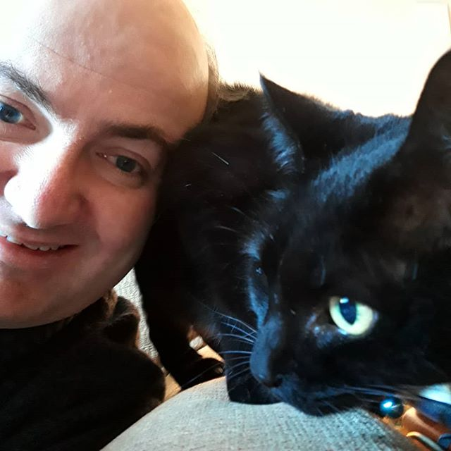 Me and my @bellafanella on #blackcatday… 😀🐾