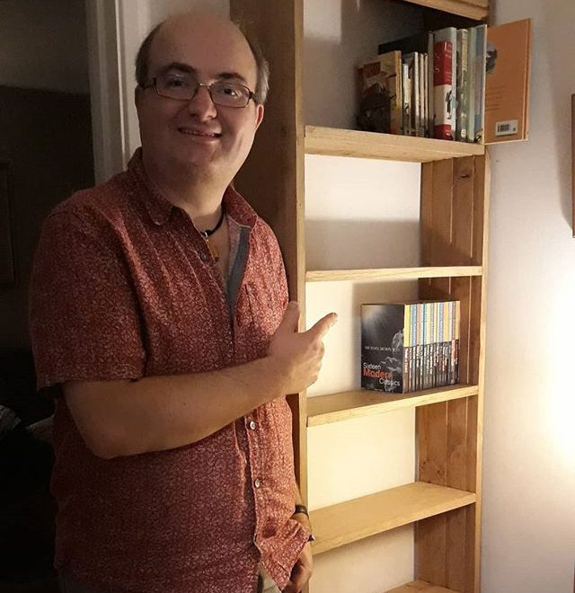 The one downside to owning 1,791 Books is running out of shelf space. This weekend I turned furniture maker have made this. It's made out of solid oak floorboards and has a weight to it accordingly. I even have a shelf for my #EdwardArdizzone collection… #weekend #productive #amwoodworking
