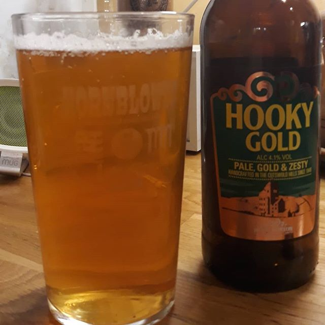 Hooky Gold in my @abingdonconcertband glass. It seems appropriate... #ncbf #windband