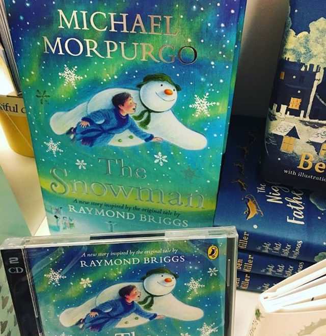 Not sure how I feel about this. The Raymond Briggs original had all the words it needed (eg. THE PICTURES TOLD THE STORY DAMNIT!!). It doesn't need retelling.  #Repost @ebbandflobookshop • • • • • If you always felt like you'd like to read the story of The Snowman, Michael Morpurgo has sorted it in this beautiful book! #christmasbooks #independentbookshop #shoplocal #totallylocallychorley #thesnowman