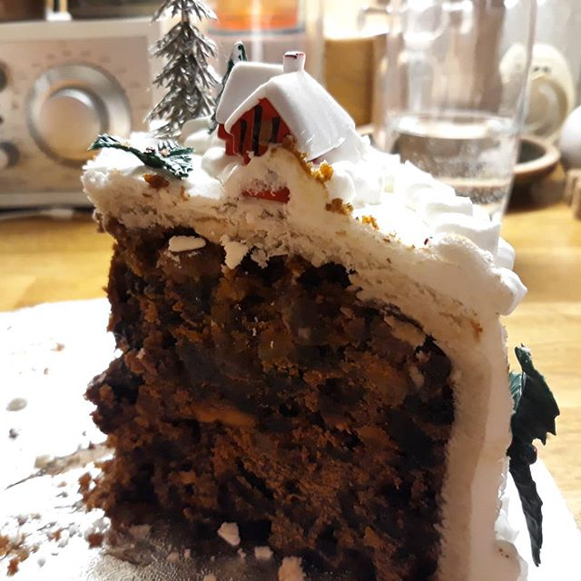 The cake is beginning to resemble a house at Covehive... #Suffolk