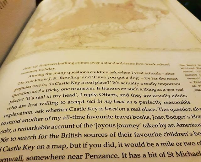 "Why shouldn't ""it's real in my head"" be a perfectly acceptable explanation? #HelenMoss ##RealInMyHead #TheWritersMap #amreading"