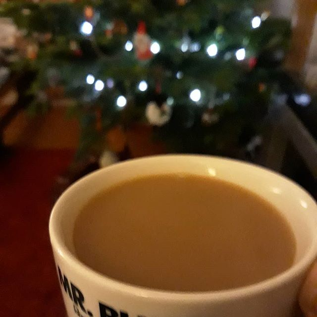 Just because its January and it's back to work, doesn't mean that one can't still enjoy that festive feeling... #tea #afterwork #relaxation