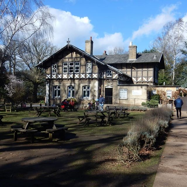 I've always wanted to go to @rspb_love_nature's HQ at The Lodge, Sandy, and now I have...