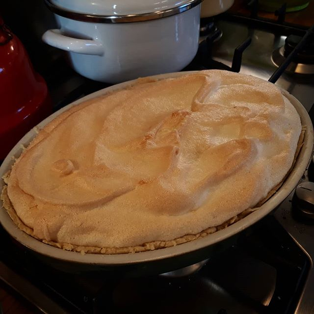 My first Ringuey Pie that I've made. This was one of my favourites when I was little that my Mummy would make… 😊 #recipes #summercitrus #GoodFridayBaking #Easter🐥🐰