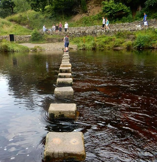 Step carefully… #boultonabbey #steppingstones #deepwater #fastcurrent #wharfedale