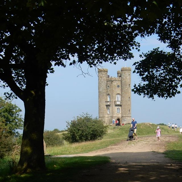 Big towers and even bigger views… #BroadwayTower #folly #CapabilityBrown