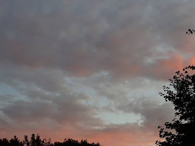 Red sky in the morning  Shepherd's warning... ...of the deluge we're forecasted for the evening commute...