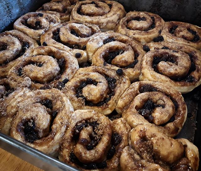 Yesterday was my 10th #work #anniversary at @oxfordbrookes so I've made Chelsea Buns for tomorrow to celebrate. @jennaa0 doesn't like raisins though so tagged is her special one... #ChelseaBuns #TearAndShare #TeamUX