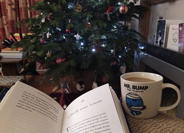 It might be back to work Thursday, but that doesn't mean one can't still enjoy, tea, cake, Christmas tree and a damn good book… #StillChristmas #ChristmasIsNotOver #EighthNight #PagesandCo #TillyAndTheLostFairytales @acaseforbooks #amreading